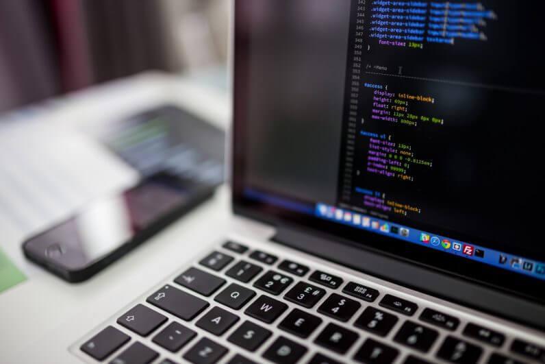 Stack Overflow: хорошие программисты не ограничиваются 8-часовым рабочим днём
